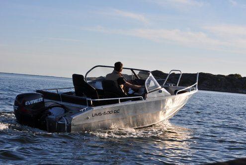 Ums 500 dc, Bestseller Angelboot, länge 5.4 meter, breite: 2.1 meter, gewicht: 530 kg, marine grade aluminium 5083, stärke: 4 mm max 6 personen