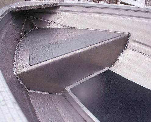 Ums 410 m, länge 4.16 meter, breite: 1,7 meter, gewicht: 150 kg, marine grade aluminium 5083, stärke: 3 mm