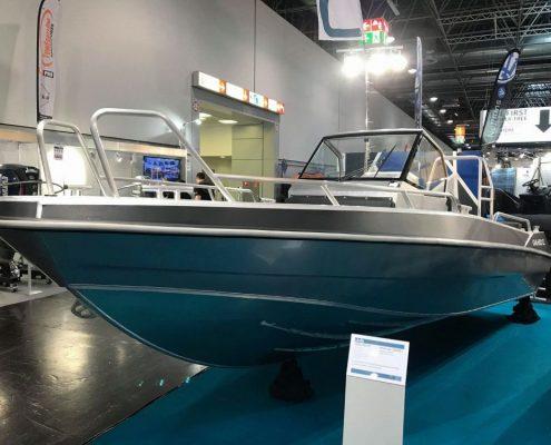 Ums 600 cc, länge 6.5 meter, breite: 2.3 meter, gewicht: 820 kg, marine grade aluminium 5083, stärke: 4 mm