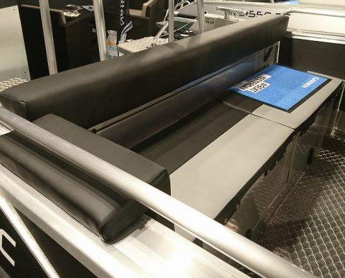 Ums 600 cc, länge 6.5 meter, breite: 2.3 meter, gewicht: 820 kg, marine grade aluminium 5083, stärke: 4 m
